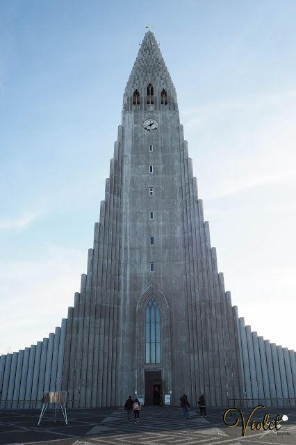 Reykjavik, holiday to Iceland. This post is all about part one of our trip and features hotel details, Hallgrimskirkja Church and the Golden Circle. Travelling the world.