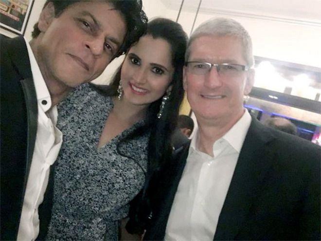 Tim Cook séclate avec des stars de Bollywood lors de son voyage en Inde