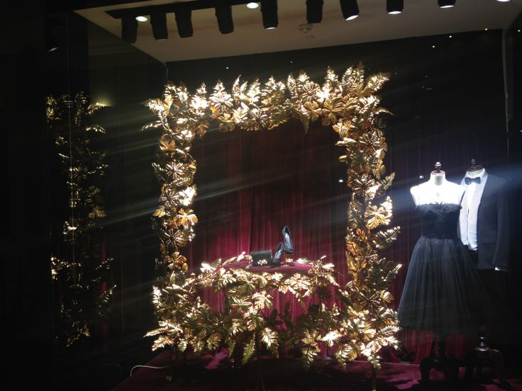 The window shop of Dolce & Gabbana in Romania looks ready for the big opening tonight.