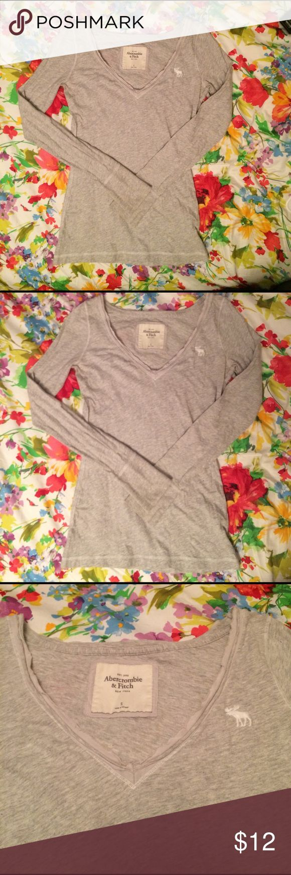 Abercrombie & Fitch long sleeved shirt Great condition! Light gray long sleeve top. V neck. Soft and cozy! Abercrombie & Fitch Tops Tees - Short Sleeve
