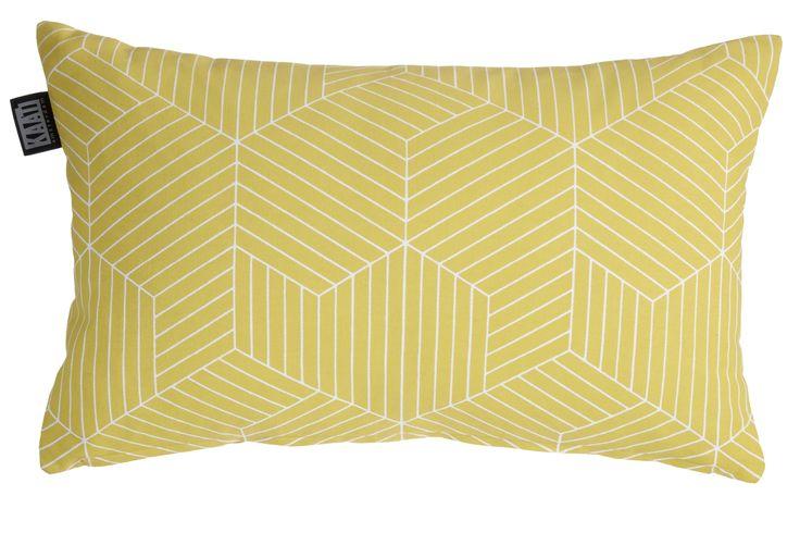 Sierkussen KAAT Nordic Lines Yellow - NIEUWE COLLECTIE | Cushion KAAT | http://www.livengo.nl/beddengoed/sierkussens | #geel #print #kussentje #livengo