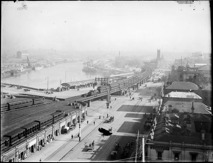 Elevated view looking west along Flinders Street, Melbourne, c1891-1914. Queen's…