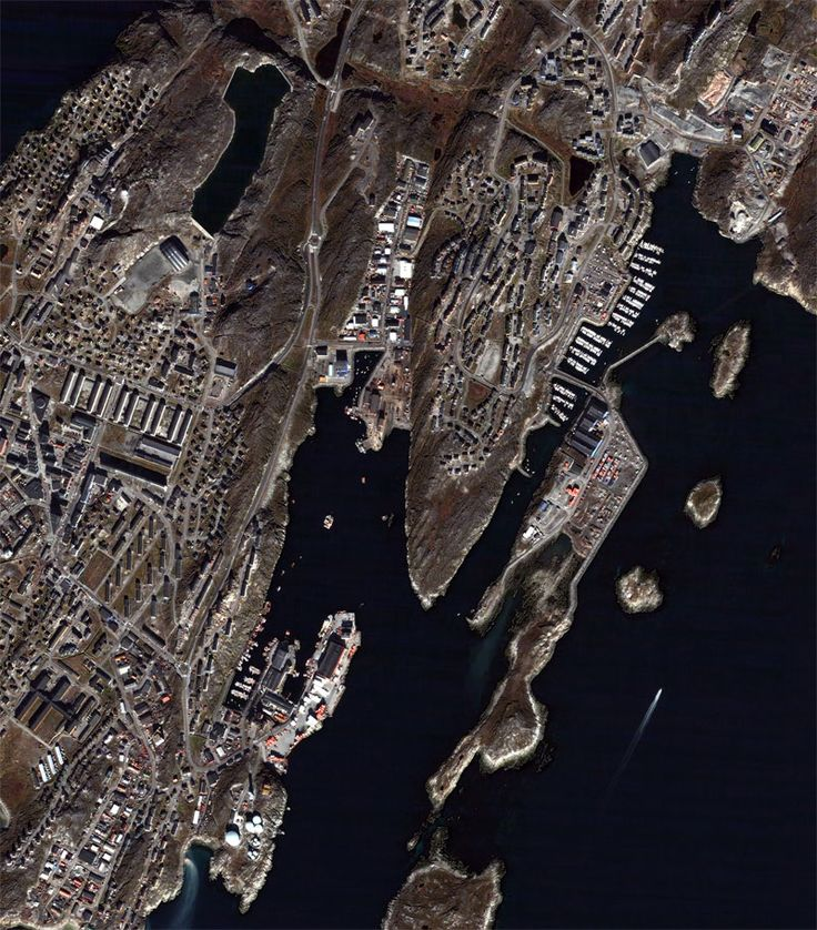 QuickBird satellitbillede af området omkring NUUK. QuickBird * DigitalGlobe; 2005; Distributed by Eurimage and GRAS