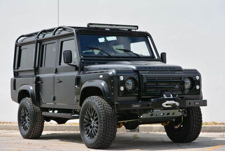 Land-Rover-Defender-The-Beast-2016-Portada