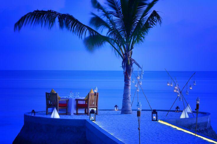 Jumeirah Vittaveli, Maldives - Romantic Dinner