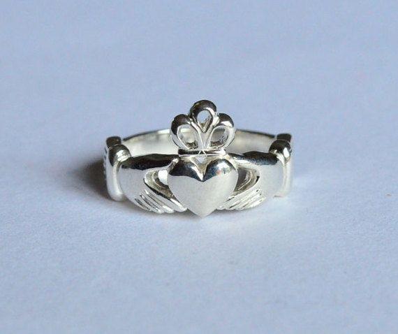 Anello claddagh irlandese anello argento di VMJewelryDesign