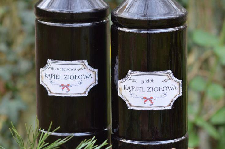 Esencja kąpieli ziołowej - wywar ziołowy konserwowany chlorkiem magnezu, prosta do wykonania szczypta luksusu.