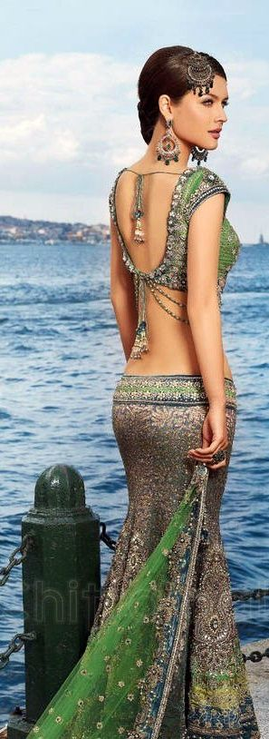 Indian custom saree - sexy woman in saree showing off her sexy style and attitude - #thejewelryhut