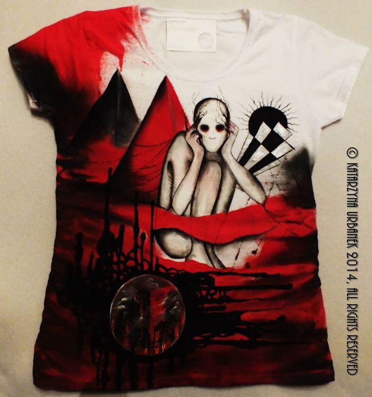 """T-shirt """" behind my eyes ..009999."""" malowany ręcznie © Katarzyna Urbanek , All rights reserved"""
