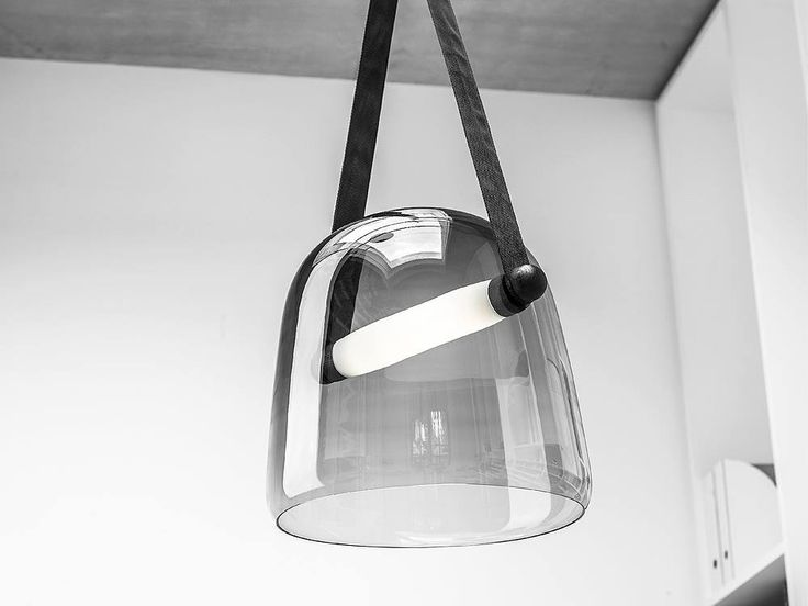 die besten 10 ideen zu futuristische m bel auf pinterest moderne st hle stuhl design und. Black Bedroom Furniture Sets. Home Design Ideas