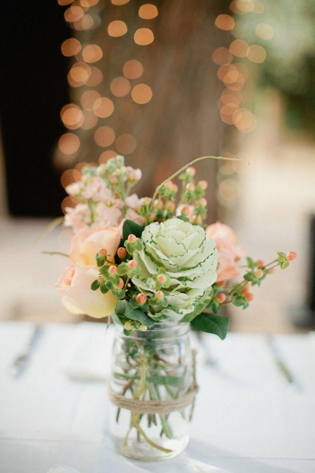 Jam potje met bloemen, aankleding bruiloft