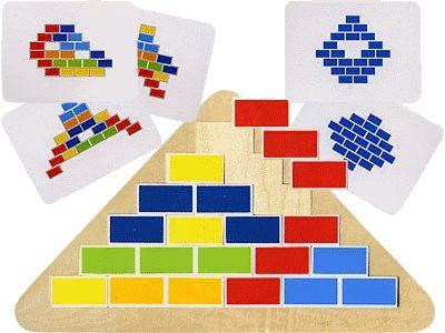 """PUZLE TRIÁNGULO SEGMENTADO Puzles con una base de madera (25x16 cm), 10""""ladrillos"""" y 20 modelos de tarjetas en madera. Los ladrillos deben colocarse de forma que se muestra en el modelo seleccionado. Las tarjetas son dos caras, ambas partes muestran el mismo patrón. Sin embargo, diferentes grados de dificultad #encajegeometrico #puzlegeometrico   http://www.babycaprichos.com/puzle-triangulo-segmentado.html"""