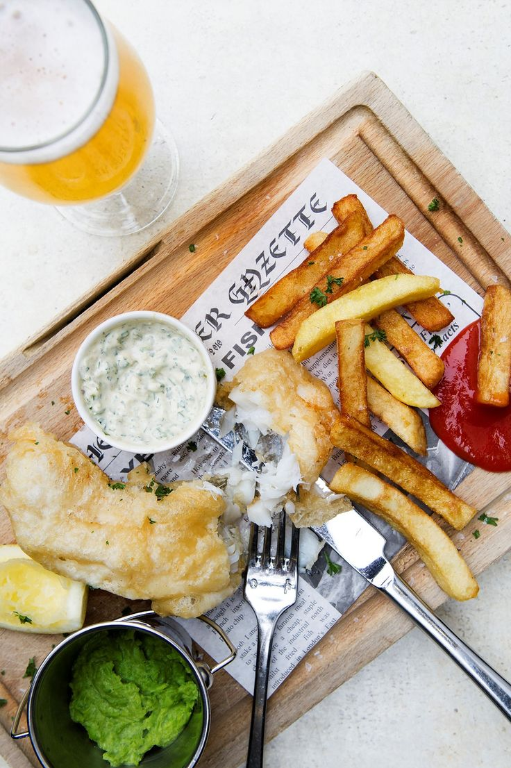 New week, new lunch menu! Fish and chips, Chivito burger and creamy broccoli soup are just some of the yummy dishes on the menu this week. Hope to see you over for lunch!  http://sher.at/2fjGhcG