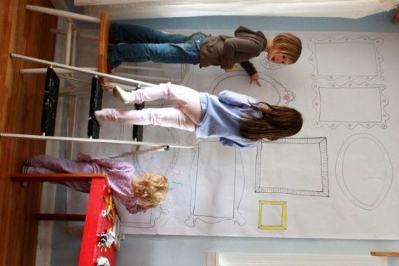 Cute Idea - DIY Frame Wallpaper for Kids Art