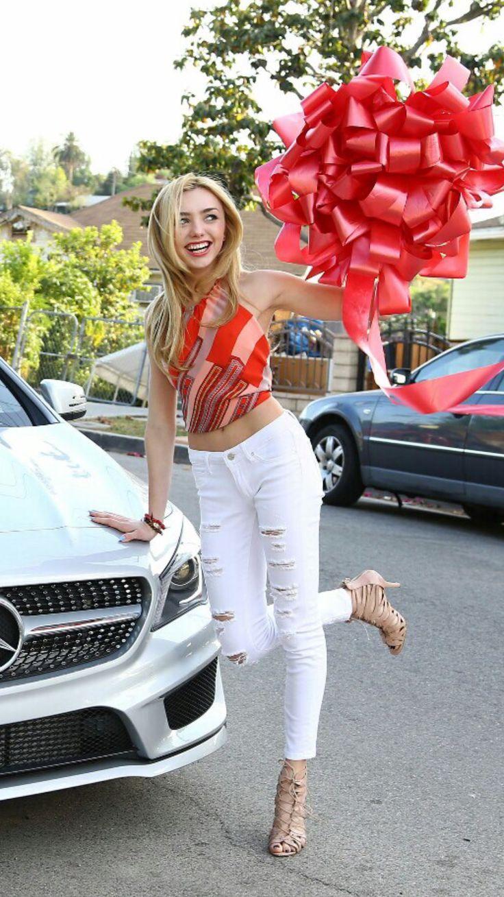 Beautiful Peyton List last year when she got her birthday present a german Mercedes car. Sal P.