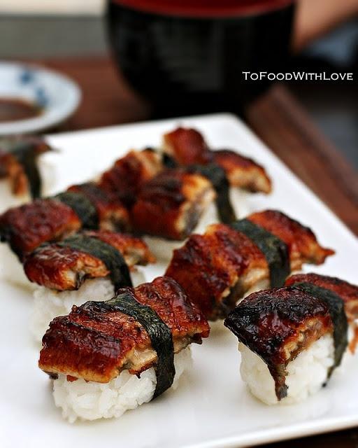 Japanese rice rolls with grilled eel ..Unagi Sushi 鰻寿司