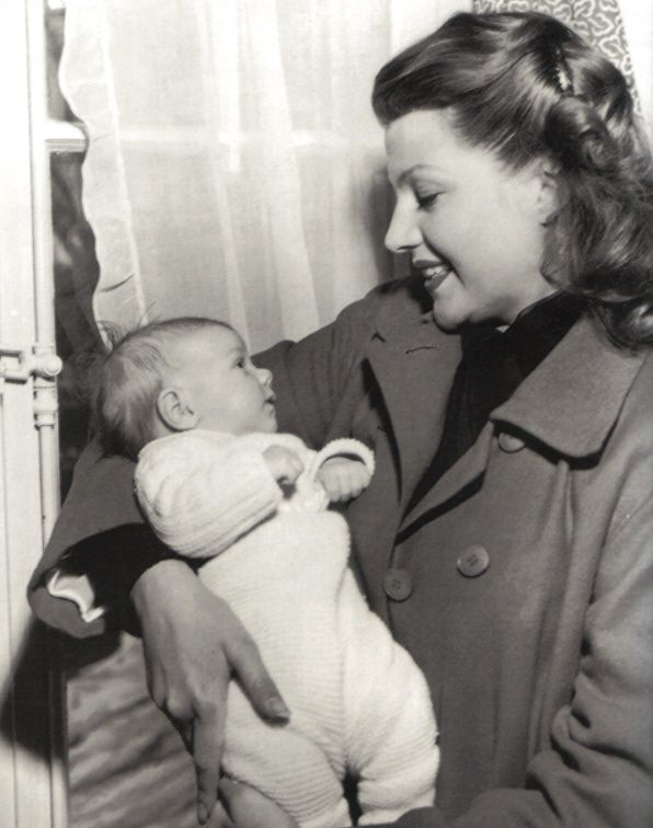 Rita Hayworth with her younger daughter, Princess Yasmin Aga Khan