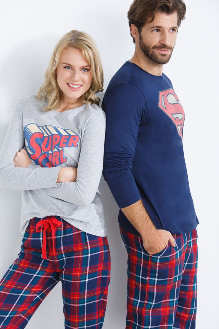Pijamas de Superwoman y Superman de Women's Secret