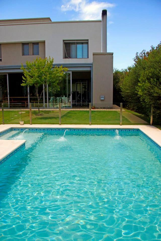 10 best revestimiento en piedra images on pinterest home - Lucia la piedra piscina ...