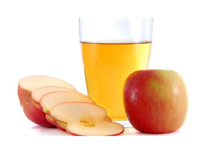 Perlu Anda ketahui bahwa cuka aperl dibuat dengan cara memeras apel segar untuk diambil airnya. Air apel tersebut kemudian difermentasikan menjadi alkohol setelah dicampur dengan bateri dan ragi. Bakteri yang dilibatkan dalam pembuatan cuka apel adalah bakteri asam asetat. ketika sudah siap untuk digunakan, air apel akan berwarna keciklatan dengan bau yang tajam. Fakta menyebutkan …