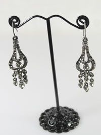 Vintage tear drop diamante crystal earrings.  Available to buy at www.ruralmagpie.co.uk