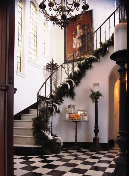 I also like the idea of having the garland on the bottom, instead of on the rail.