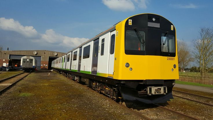 West Midlands Trains strikes rolling stock deal with Vivarail