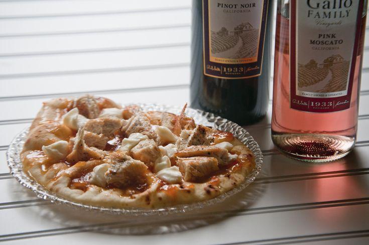 Chicken Apricot Brie Flatbread Pizza