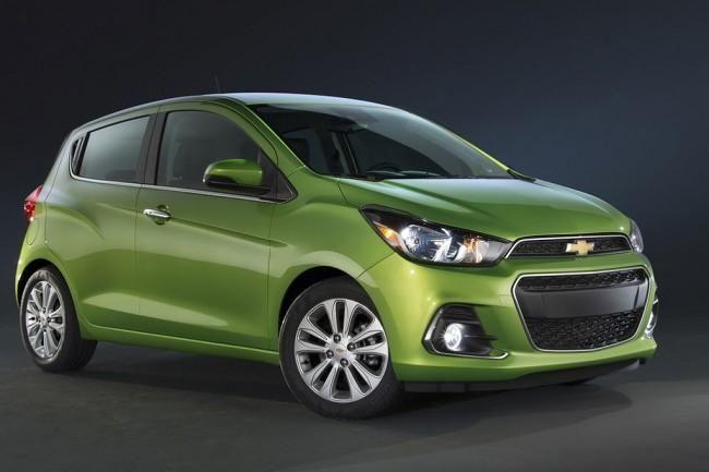 Chevrolet Spark 4. В начале апреля 2015 года на автошоу в Нью-Йорке состоялась презентация нового компакта Chevrolet Spark 4 поколения, правда, пока производитель раскрыл о новинке далеко н...