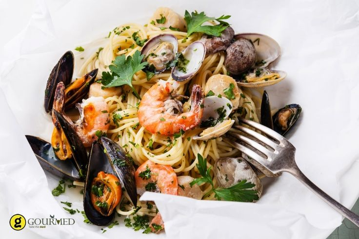 Σπαγγέτι αλά μαρινάρα - gourmed.gr