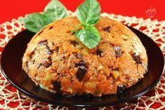 Lo zuccotto di melanzane è un piatto dai tipici sapori siciliani, con ingredienti molto simili ad una parmigiana di melanzane e dalla originale presentazione a forma di zuccotto.