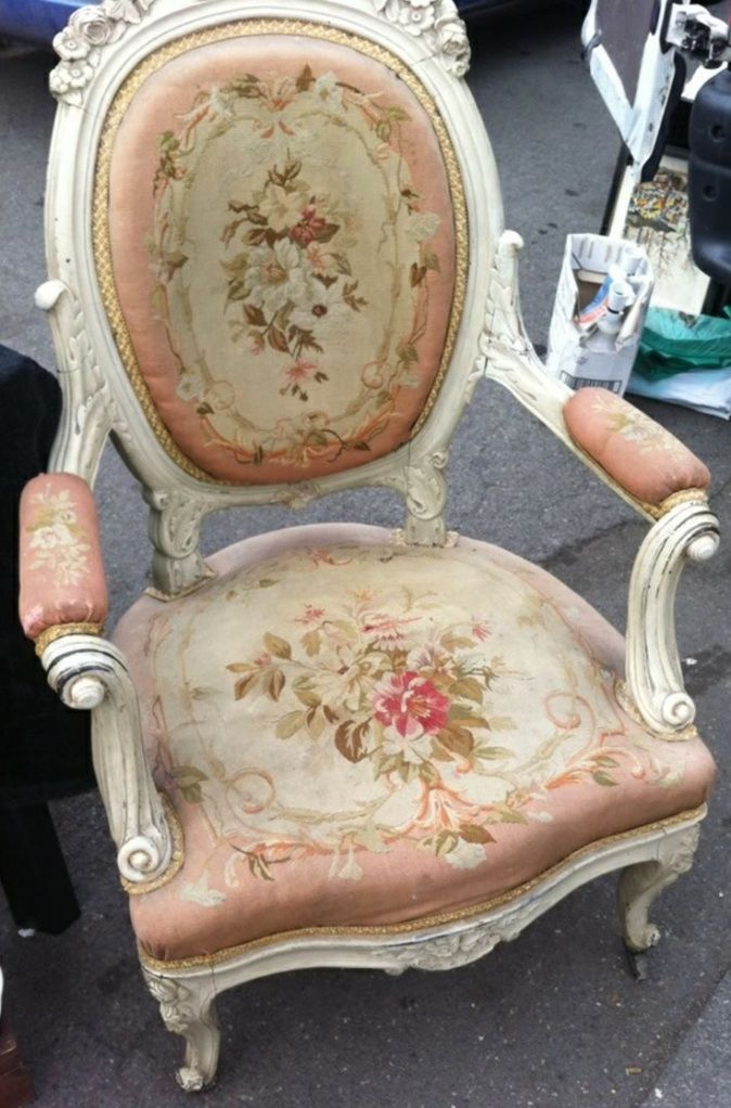 French Vintage Chair! beautiful!!!