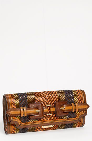 Burberry Clutch  #bag - via @kennymilano