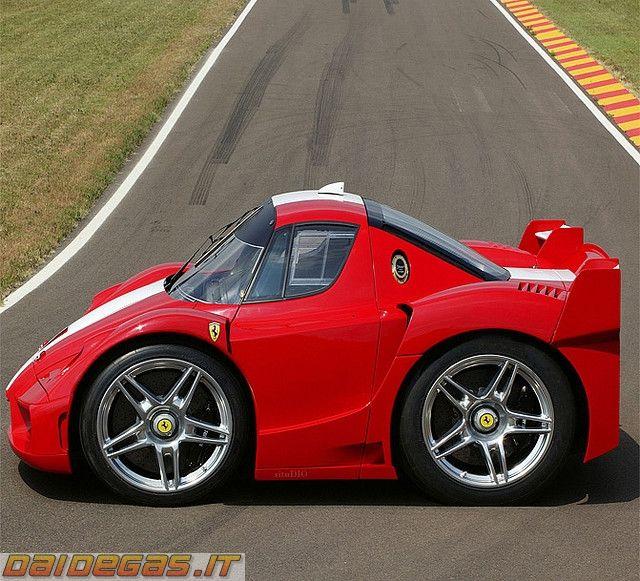 Mini Ferrari FXX, http://www.daidegasforum.com/forum/foto-video-4-ruote/503294-mini-car-macchinine-2.html