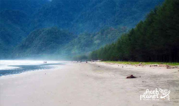 pasir setumpuk, surga terpendam di balik bukit | Aceh Planet