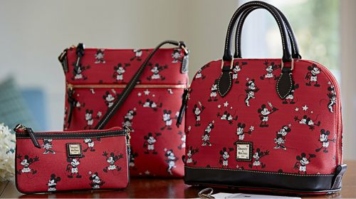 I had recently heard of a new Retro Mickey and Minnie print Dooney and Bourke bag that had been spotted but I had not yet spotted it