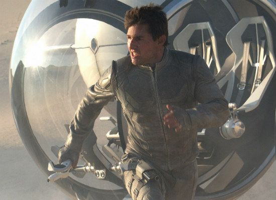 Tom Cruise stars in sci-fi mindbender Oblivion: 5 things to know about the visually stunning movie from director Joseph Kosinski.