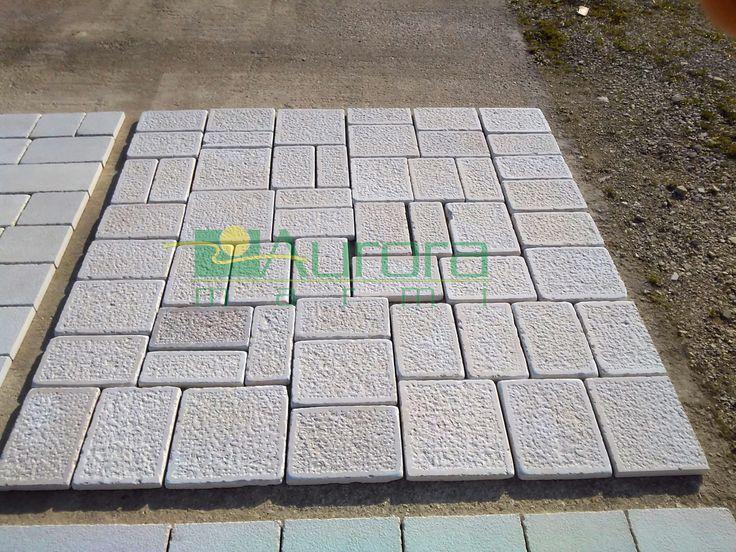 Basole di pietra puntellate e burattate per pavimentazioni esterne. Chiedi subito un preventivo! www.auroramarmi.it