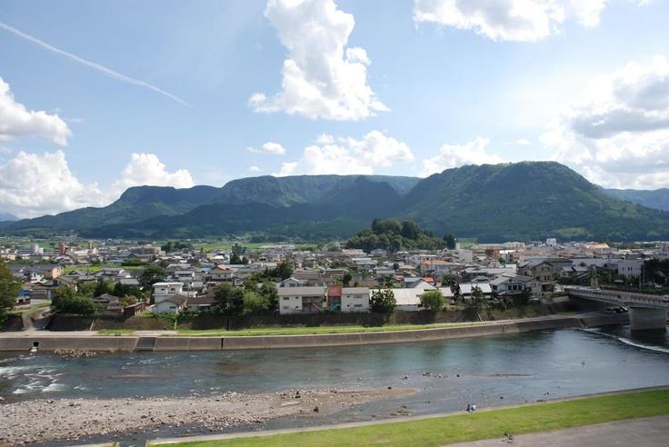 玖珠町と万年山(はねやま)  Kusu town and Mt.Hane