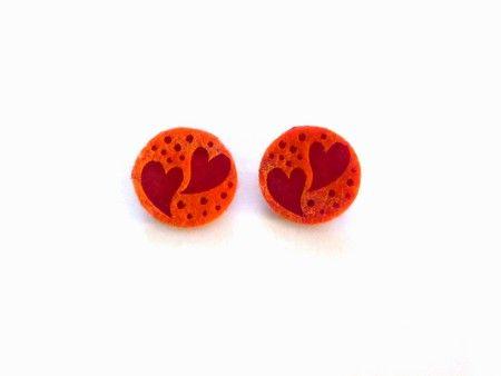 """Orecchini a bottone in feltro """"Love"""", base rossa - ART.012"""