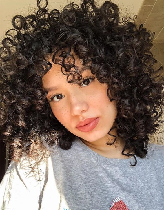 Long Curly Hairstyles Youtube Curly Hairstyles 40s Curly Hairstyles For Girls Mens Curly Quiff Hairstyl In 2020 Curly Hair Styles Side Curly Hairstyles Hair Styles