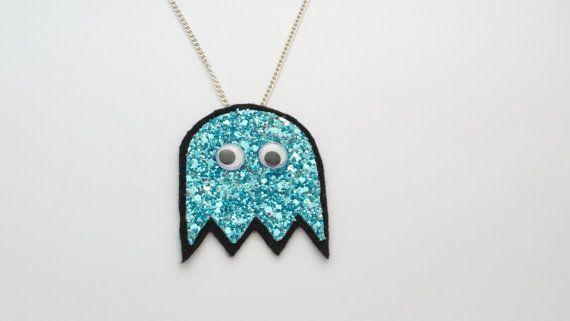 Googly Eye Ghost Glitter Necklace - FREE UK SHIPPING