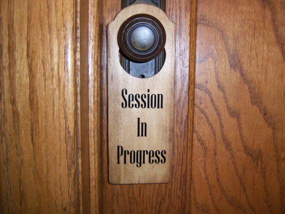 Session In Progress Message on Wooden Door Knob by NellEvaDesigns