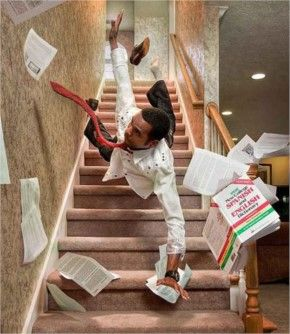 People Falling Down Stairs - 30+ Funny People Fallen Pictures #funnypicture #fail #wtf