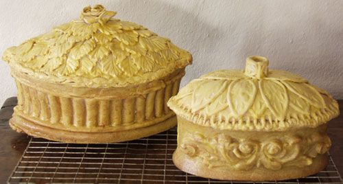 Pie Making - I found this to be a very interesting Historical site on Pie Making (dh)