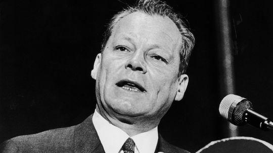 Die Verschwörung gegen Brandt: Nachdem 1969 erstmals ein SPD-Politiker Bundeskanzler wurde, bauten CDU- und CSU-Anhänger einen eigenen Nachrichtendienst auf. Ein unglaublicher Spionagefall