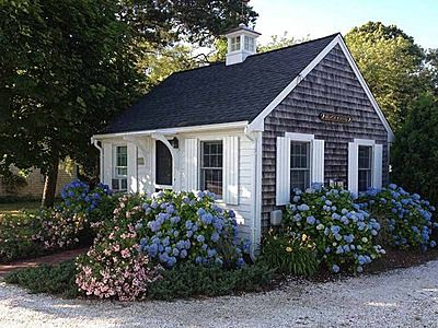 fa049066e609943c8a661beaf5fd98e2 little cottages beach cottages 34 best tiny houses sell images on pinterest tiny houses  at n-0.co
