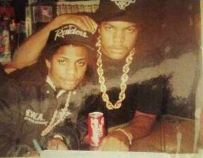 RARE PIC OF EAZY-E & ICE CUBE
