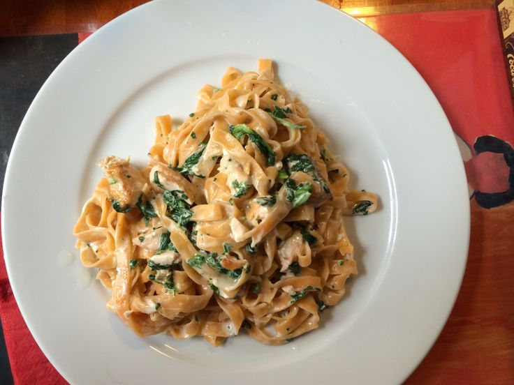 Homemade fettuccini with salmon and spinach - yummy!