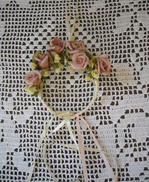 A dreamy mini garland pink and white by FavorsAndMorebyFiona, $4.00